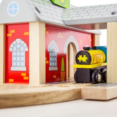 Деревянная игрушка Железнодорожный вокзал