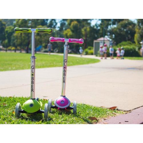 Самокат Globber My free. Titanium, с блокировкой колес, цвет неоновый розовый