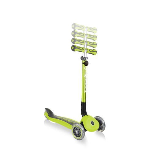 Самокат Globber Go Up Deluxe Play Lights, зеленый
