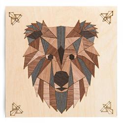 Картина на дереве в технике маркетри Бурый медведь